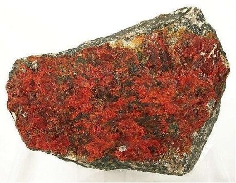 Красный минерал цинкит фото