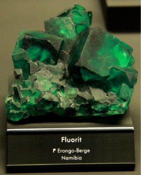 Флюорит свойства камня